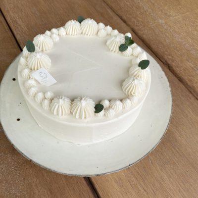 【ホワイトベーシックショートケーキ】